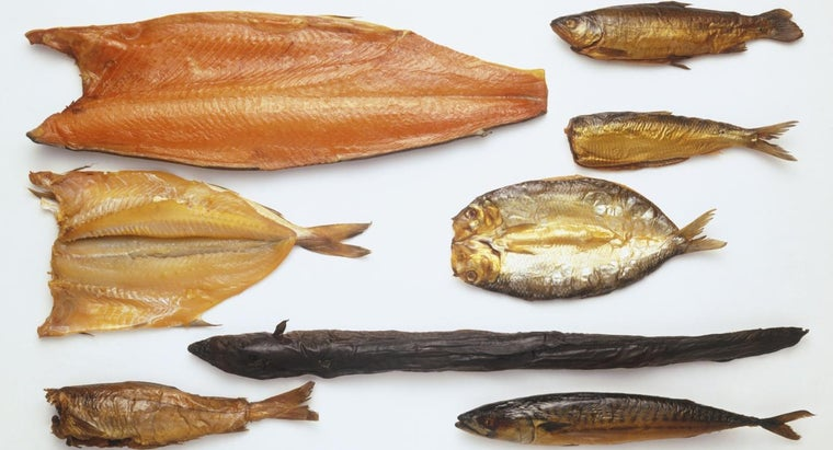 What Is an Easy Brine Recipe for Smoked Fish?