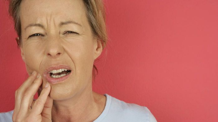 What Are Some Remedies for Toothaches?
