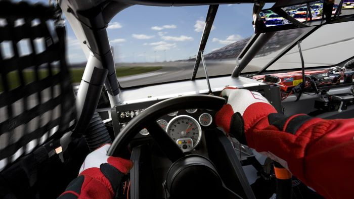 What Are Some NASCAR Games Online?