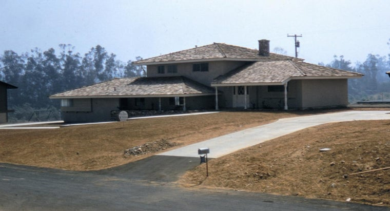 What Are Some Facts About Yorba Linda, California?