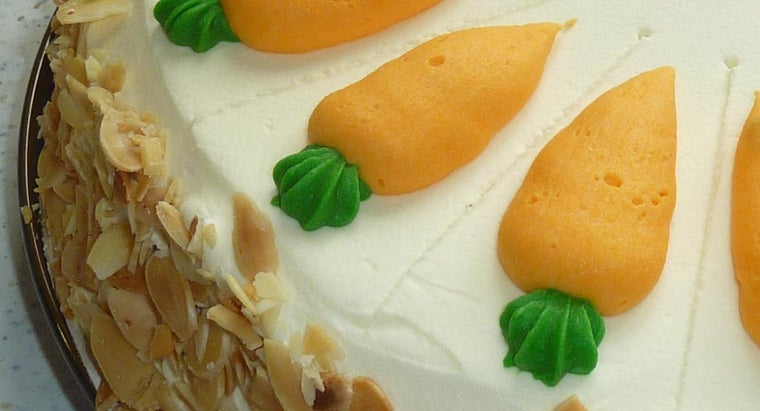 What Is a Recipe for Traditional Carrot Cake?