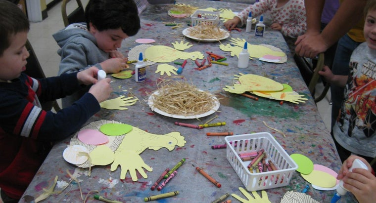 What Are Some Easy Preschool Activities for Children?