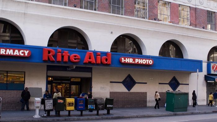 How Can a Shopper Give Rite Aid Stores Feedback on Her Shopping Experience?