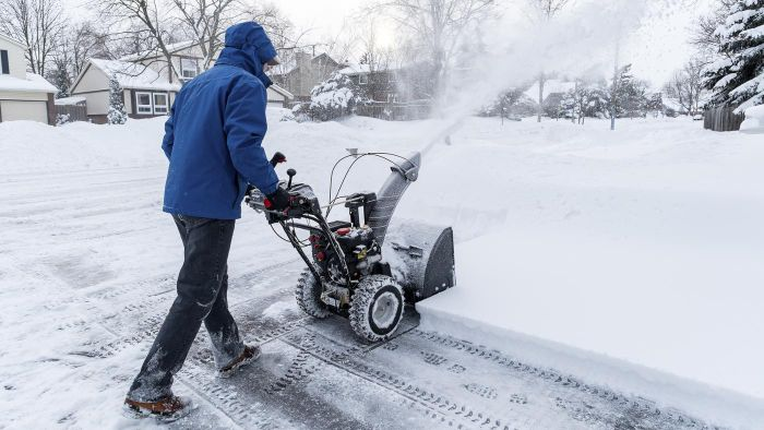 How Do You Start a Snow Blower?