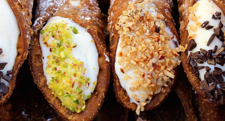 How Do You Make Cannoli Filling?