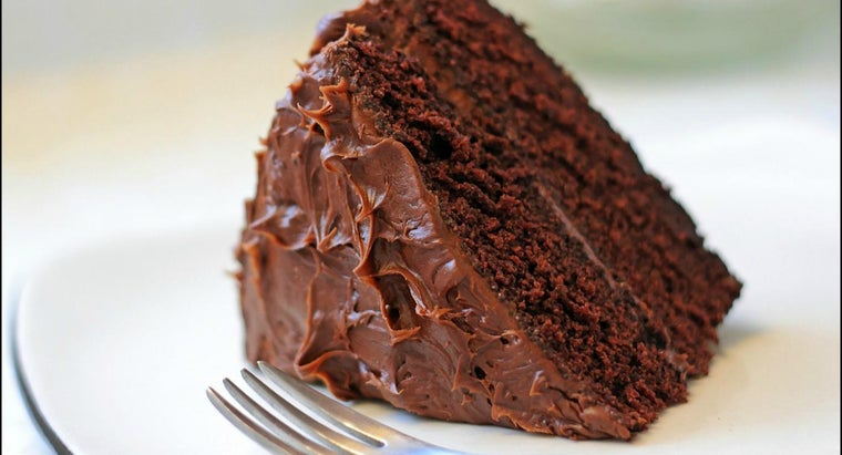 What Is a Good Recipe for Chocolate Mayonnaise Cake?