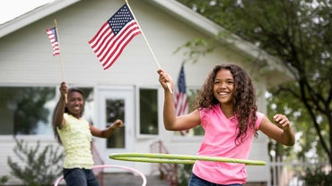 What Are Some Facts for Kids About the American Flag?
