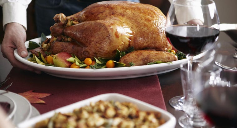 What Are Some Inspirational Quotes About Thanksgiving?