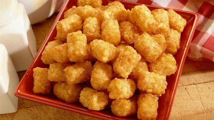 How Do You Make a Tater Tot Casserole?