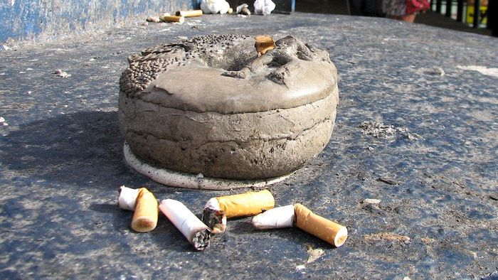 What Are the Benefits of Outdoor Ashtrays?