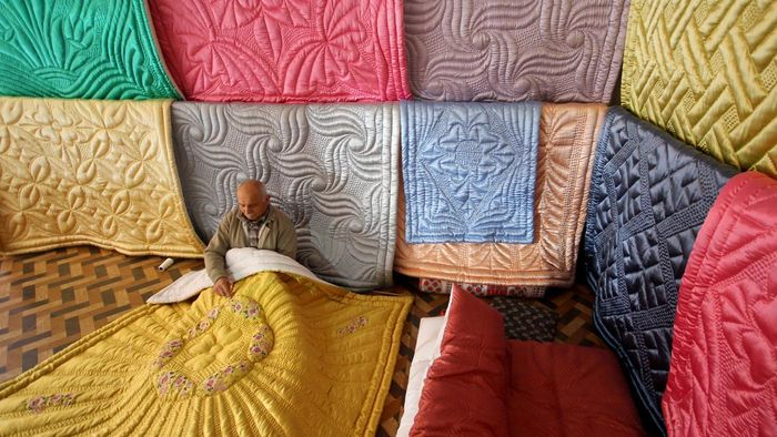 What Are Some How-to Tips for a Beginner in Quilting?