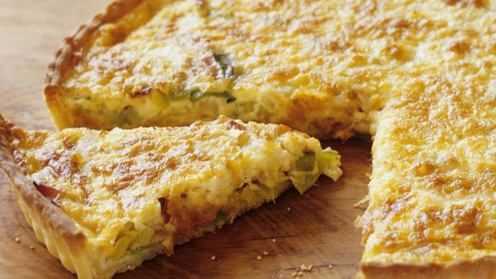 What Is an Easy Recipe for Quiche Lorraine?