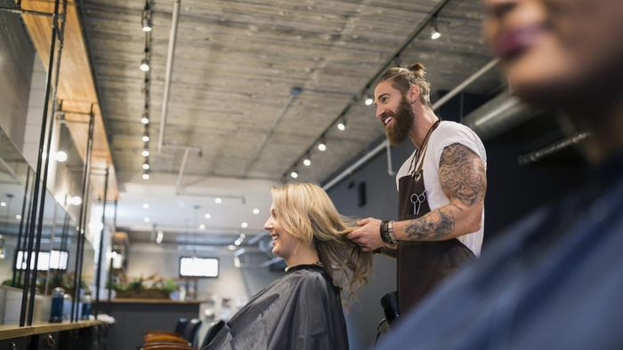 How Do You Learn How to Cut Hair?