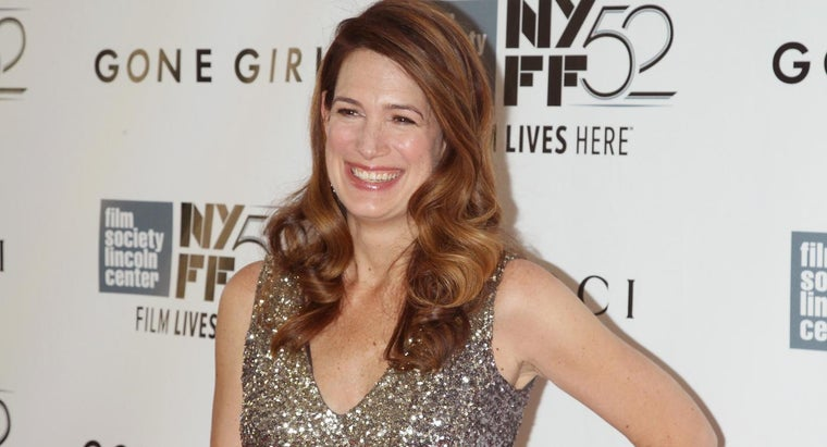 What Are Some Books Written by Gillian Flynn?