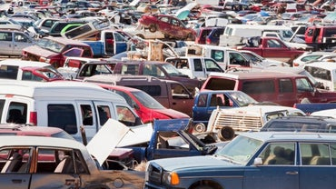 What Are Some Benefits of Buying Truck Parts From a Salvage Yard?