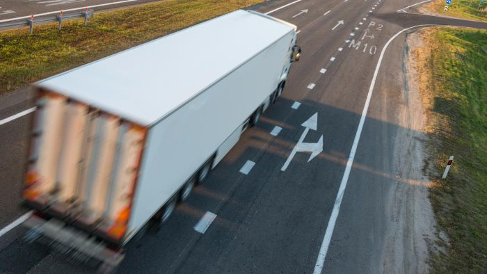 Where Can You Get CDL Training in Spanish?