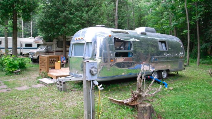 How Do You Find Used Mobile Home Trailers for Sale?