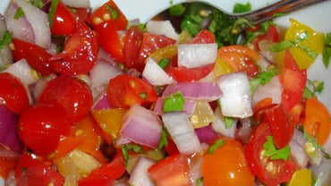 What Are Some Salsa Recipes That Go Well With Tostitos Chips?