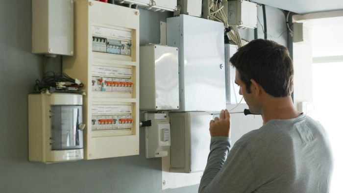 What Qualifications Are Needed to Repair a Power Supply?