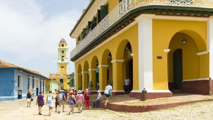 What Are Some Popular Tourist Attractions in Cuba?