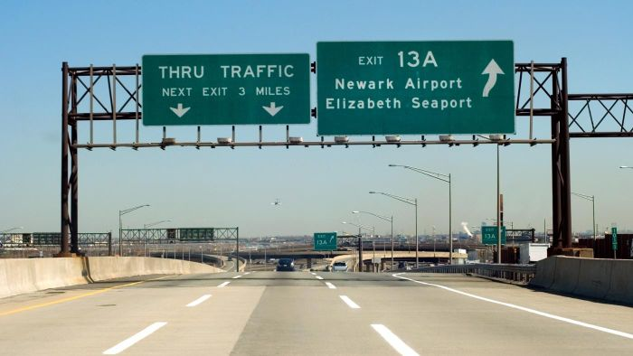 What Should Travelers Know About the New Jersey Turnpike?