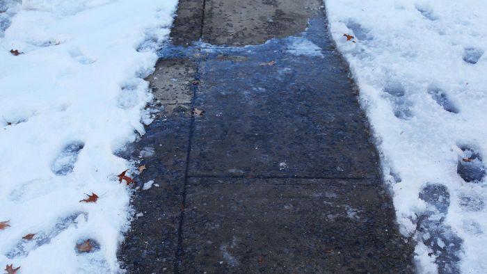 What Are Safe Ice Melting Solutions for Concrete?