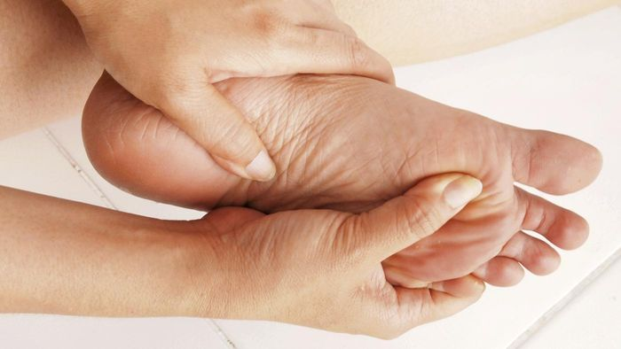 What Causes a Sore Heel and Pain?