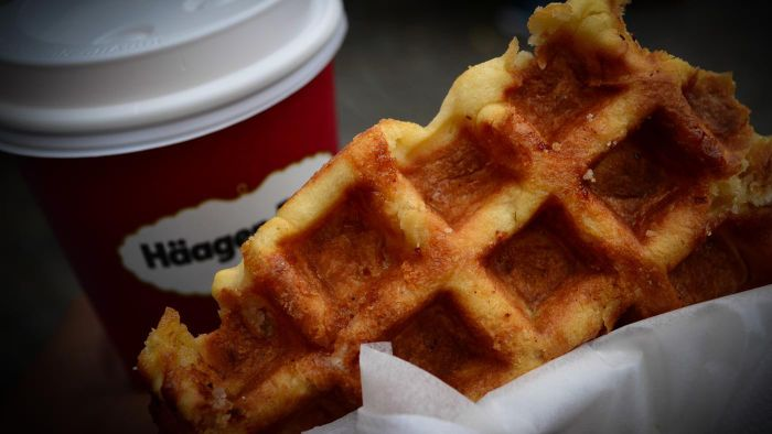 What Are Some Good Belgian Waffle Recipes?
