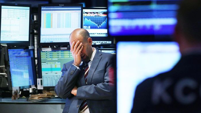 How Do You Find the Stock Market's Closing Value?