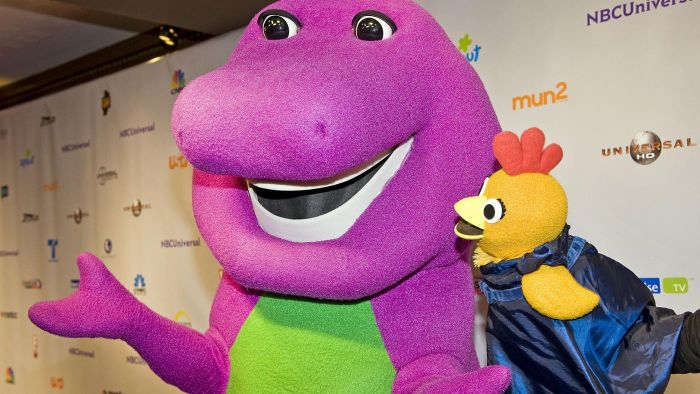 What Are Some Barney-Themed Party Decoration Ideas?
