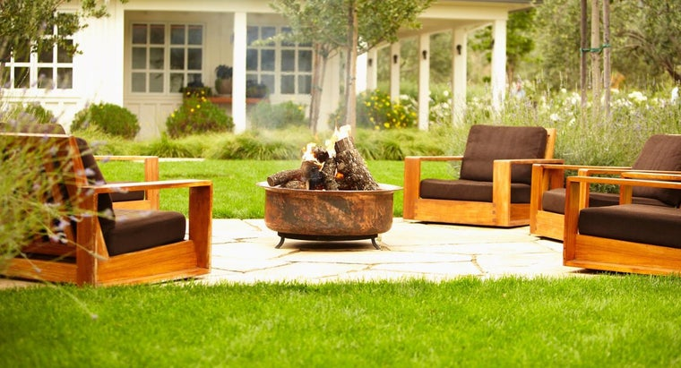 What Are Some Design Ideas for a Patio Fire Pit?