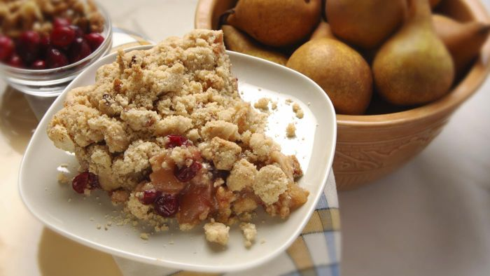 What is the recipe for easy pear cobbler?