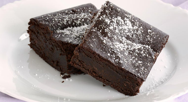 What Is a Simple Recipe for Homemade Fudge Brownies?