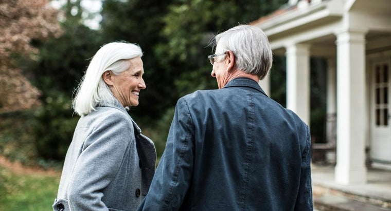 How Do You Find Resources for Senior Income-Based Housing?