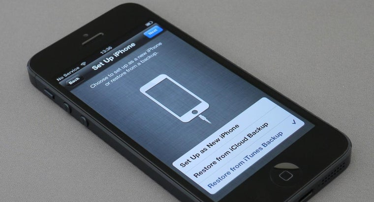 How Can You Replace an IPhone 5 Battery?