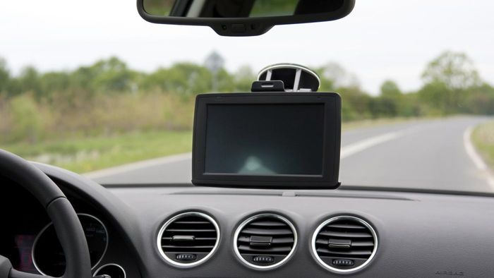 What Are Some Good GPS Vehicle Navigation Units?