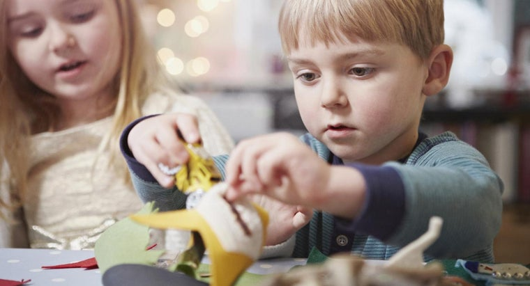 What Are Some Fun and Easy Craft Ideas for Kids?