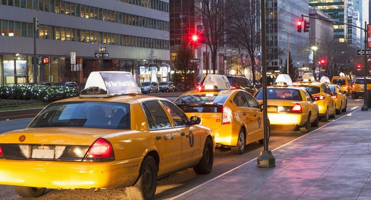 How Can You Contact the Yellow Cab Taxi Service?