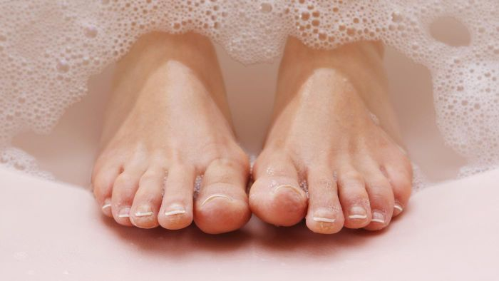 What Are Some Qualities of Beautiful Feet?