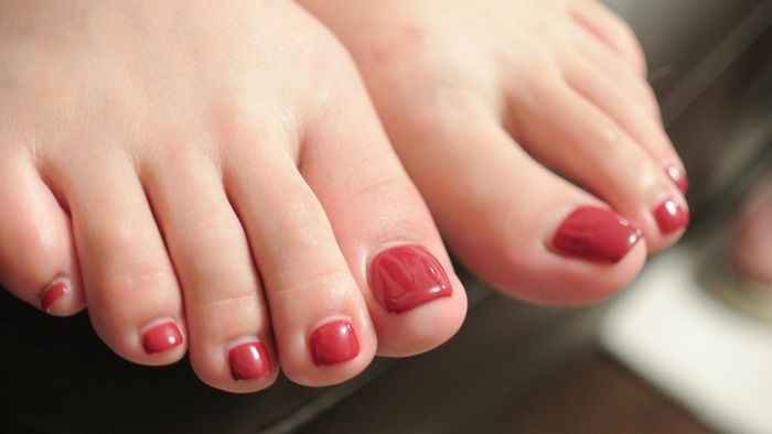 How Do You Remove Corns From Toes?