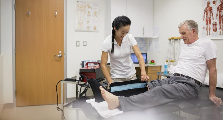What Is the Pain Management Program After Knee Replacement?