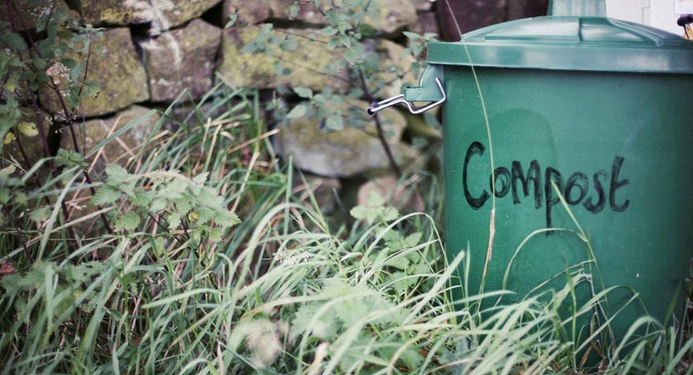 How Can You Make Your Own Compost Bin?