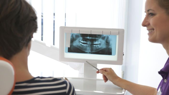 What Is the Price Range of a Dental Implant?