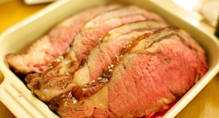 How Do You Make Prime Rib in a Slow Cooker?