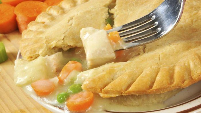 How Do You Make a Chicken Pot Pie Using Veg-All Mix?