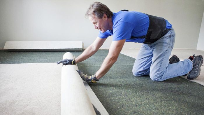 What Are Good Ways to Remove Carpet?