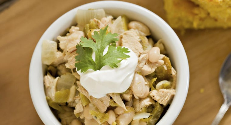 What Is a Recipe for White Chili With Chicken?
