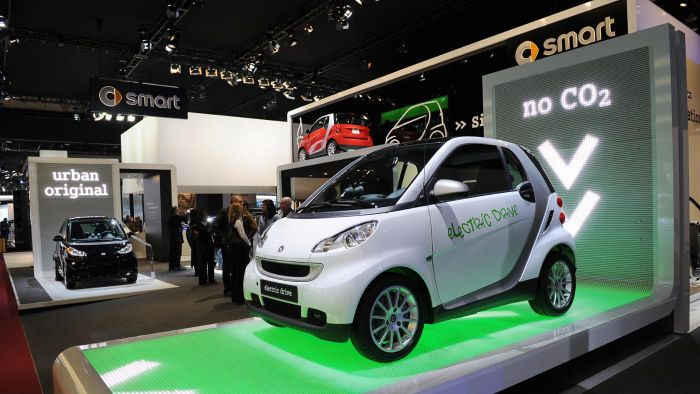 Which Smart Cars Typically Receive Positive Reviews?