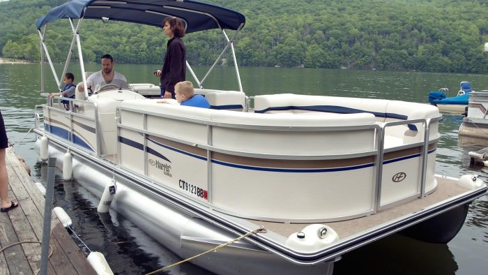 How do you buy used pontoon boats?