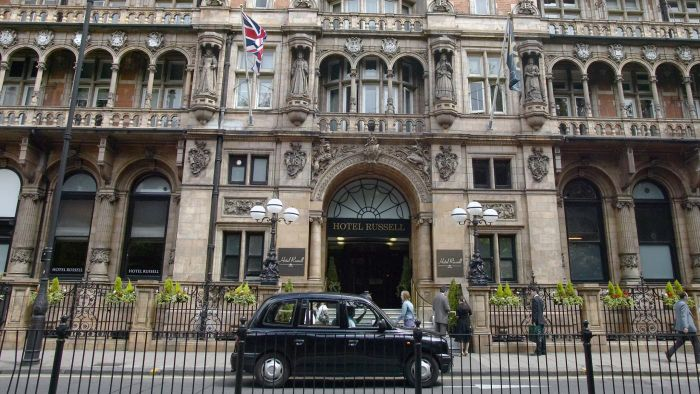What are some hotels in London?
